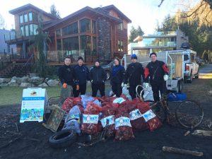 Cultus Shoreline Cleanup3